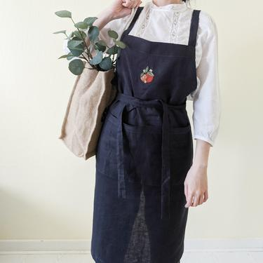 Hand embroidered French linen apron florist, Retro aprons with oranges, Cross back apron with pockets, Cooking gift for mom, Plant mom gift by APattesDeVelours