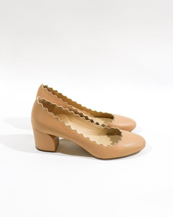 Chloe The Scalloped Low Pump, Size 40