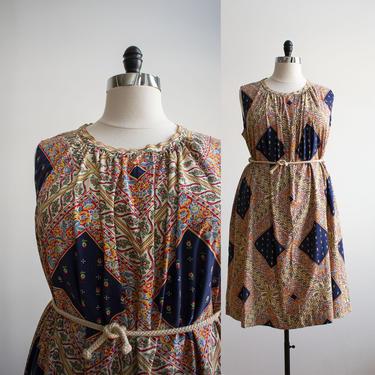 1970s Cotton Dress / Vintage 1970s Patchwork Dress / Vintage Plus Sized Vintage / Vintage Floral Tent Dress XL / 1970s Cotton Trapeze Dress by milkandice