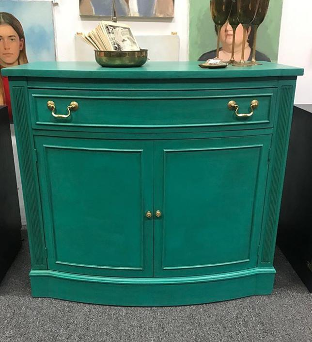 Just in: this beautifully refurbished demilune server/bar! $450