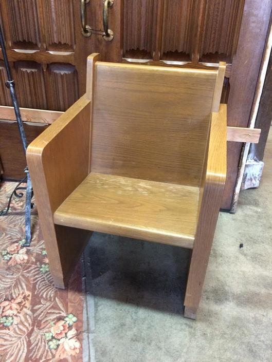Oak Pew Chair 24sq x 33.25