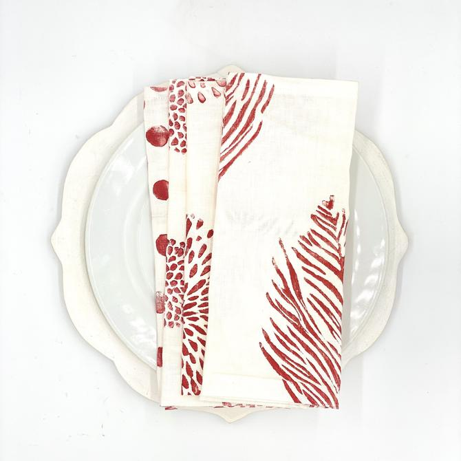 *Mix & Match Napkins in Ruby on White Linen (Set of 4)