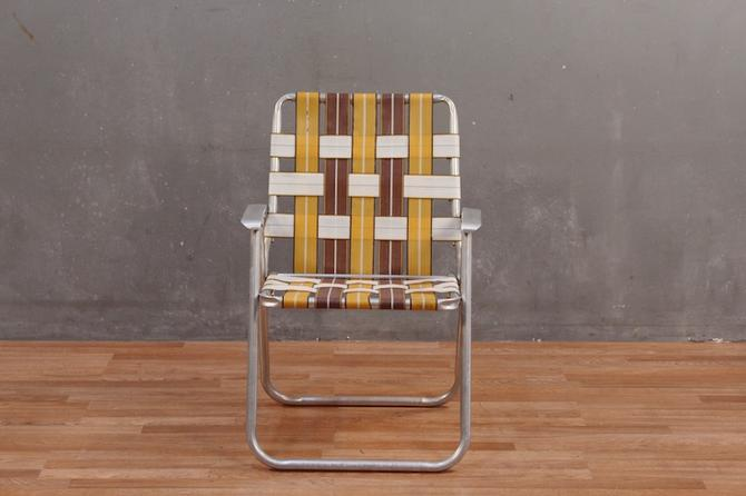 Retro Harvest Woven Straps Folding Lawn Chair
