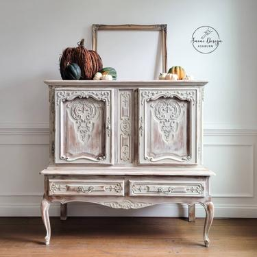 French Country Cabinet. Vintage. Farmhouse Sideboard. Farmhouse Storage. White Distressed Buffet by AminiDesignAshburn