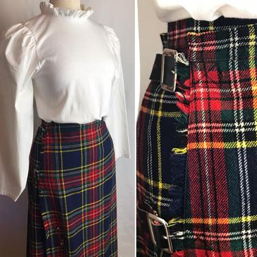 "Vintage plaid wool skirt~ red navy blue black woolen colorful kilt style~ wrap skirt ~ size Large-XL 34"" waist by HattiesVintagePDX"