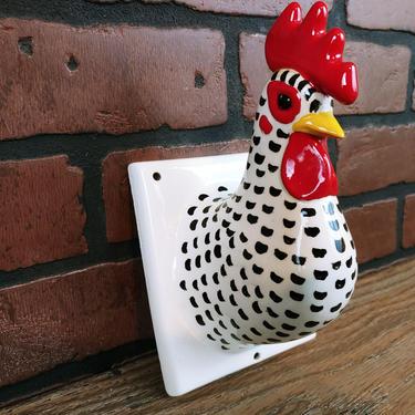 Vintage Ceramic Rooster/Hen/Chick Chicken Head Kitchen Towel Holder by RedsRustyRelics