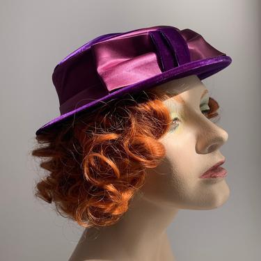 1950-60'S Purple Velvet Hat - Pink Satin Ribbon & Bow - Tight Brim by GabrielasVintage