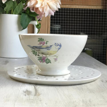 Beautiful vintage French ironstone cafe au lait bowL by Grainsacfrenchvintag