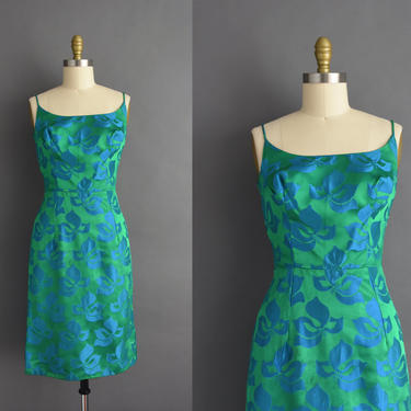 1950s vintage dress | Gorgeous Kelly Green Floral Silk Satin Cocktail Party Wiggle Dress | Medium | 50s dress by simplicityisbliss