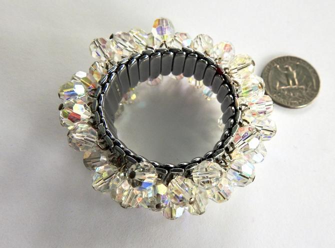 Aurora Crystal Expansion Bracelet by LegendaryBeast