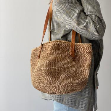 Vintage Woven Jute and Sisal Market Beach Bag Leather Straps by Northforkvintageshop