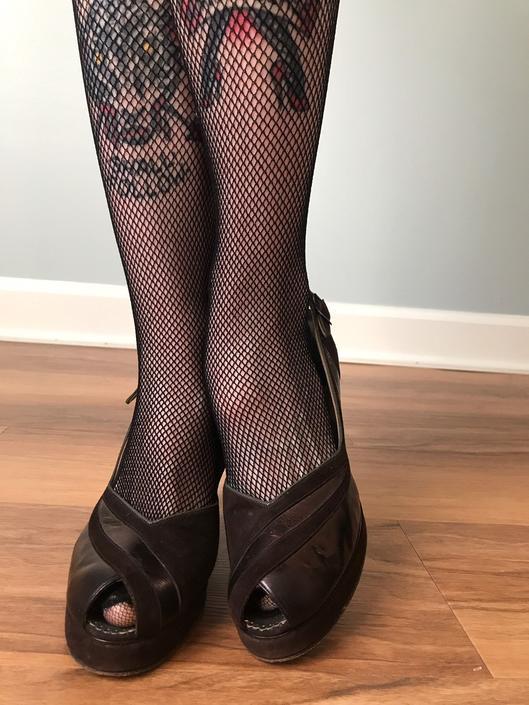 vintage 40s platforms | BELEGANTI suede peep toe slingback pumps | leather pinup heels by LosGitanosVintage