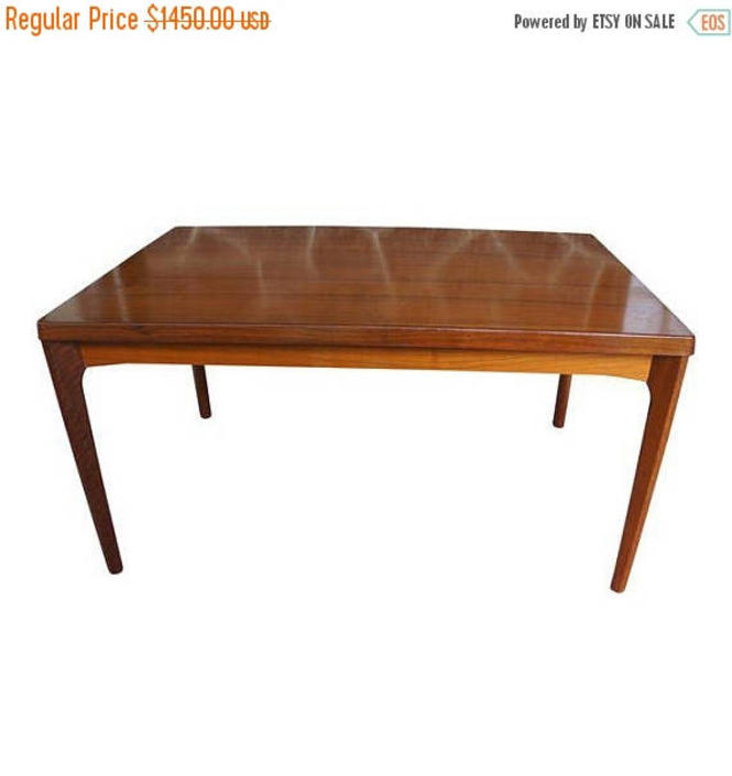 EXTRA 10% OFF Henning Kjaernulf for Vejle Stole & Møbelfabrik Rosewood Extension Dining Table