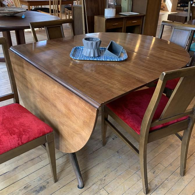 Round Mid-Century Drop Leaf Dining Table w/ 2 Leaves