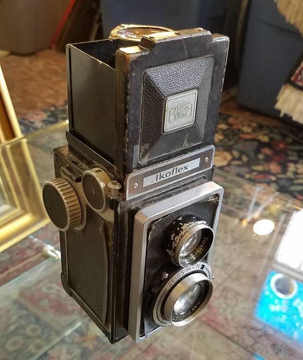Zeiss Ikoflex vintage camera, $78.
