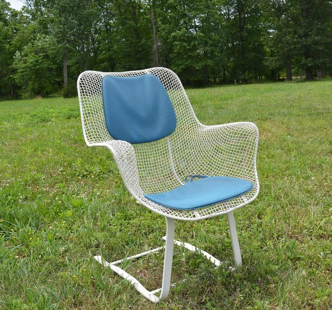 Vintage Russell Woodard Sculptura Metal Mesh Wrought Iron Springer Arm Chair Mid Century Modern by HearthsideHome