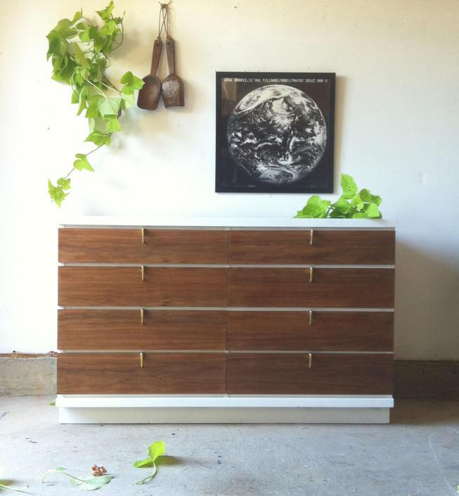 8 Drawer Johnson Carper Mid Century Modern Dresser