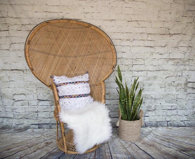 SHIPPING NOT FREE!! Vintage Peacock Chair by WorldofWicker