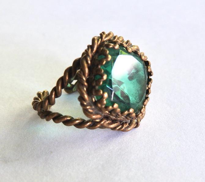 Czech Green Glass Adjustable Ring by LegendaryBeast