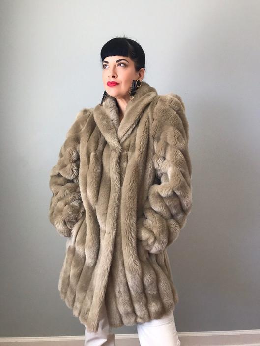vintage 70s faux mink fur coat | AMERICAN SIGNATURE winter coat size 9|10 by LosGitanosVintage