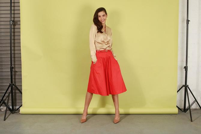 80s Red High Waisted Belted Skirt Vintage Cotton Flared Midi Circle Skirt by AppleBranchesVintage