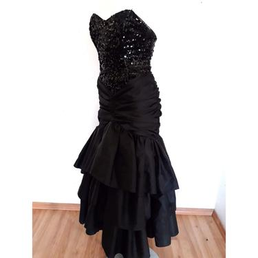 80's Vintage Holiday Gown, black sequin prom dress, strapless black tie cocktail dress, tiered, floor length,  sweetheart cut size small s 4 by RETROSPECTNYC