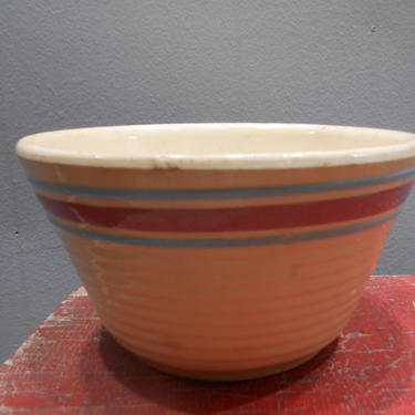 Antique Watt Pottery Mixing Bowl #7 Ring Yelloware Dining Serving Fruit Crockery Crock Stoneware Pottery Ringware Farmhouse Cottage Decor by kissmyattvintage