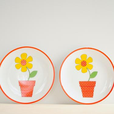 Vintage Pair of Fitz and Floyd Flower Plates in Red, Yellow and Green, Decorative Plates, Wall Plates, Porcelain Plates by LittleDogVintage