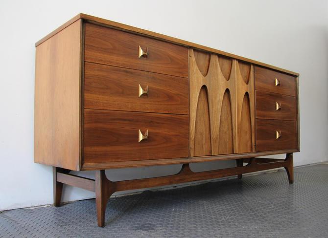 Mid Century Modern Brasilia Dresser Credenza by Broyhill by WrightFindsinMCM