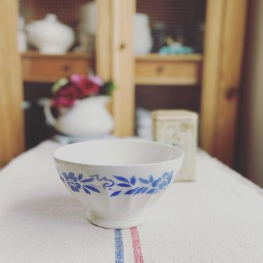 Beautiful huge vintage French ironstone cafe aunlait bowl- HB2 by Grainsacfrenchvintag