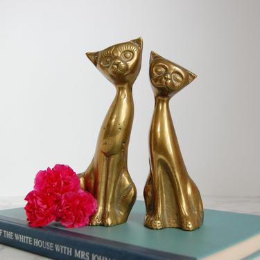 Pair Vintage Brass Cats - Brass Cat Figurines - Vintage Brass Siamese Cat Statues by PursuingVintage1