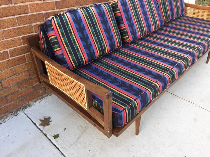 Vintage Mid Century Daybed - Pickup and delivery to selected cities by UrbanInteriorsBalt