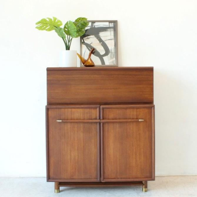 Restored Vintage Brown Saltman Highboy Dresser