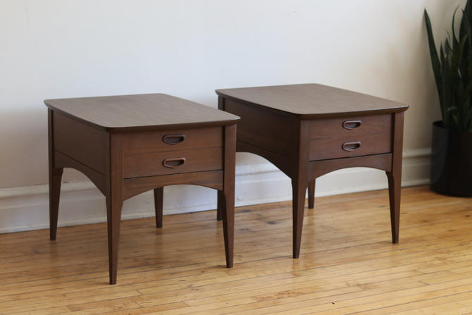 Pair of Mid Century Modern Walnut End Tables by SharkGravy