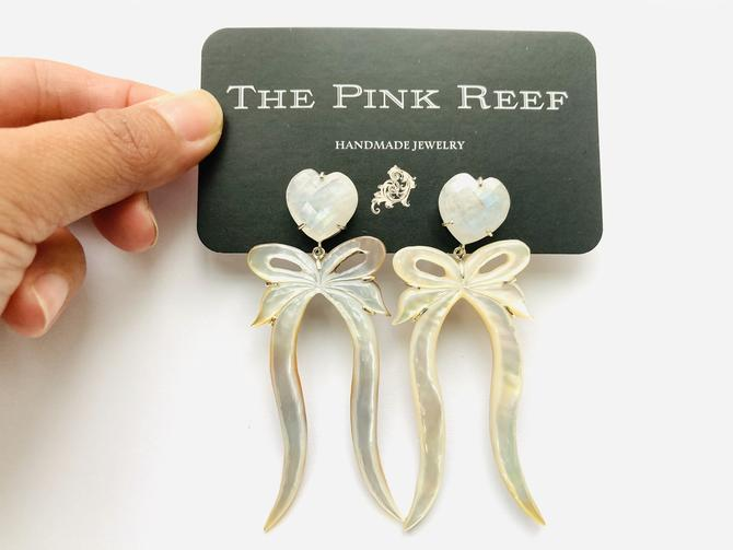 FLASH SALE* one of a kind* moonstone and pearl bow
