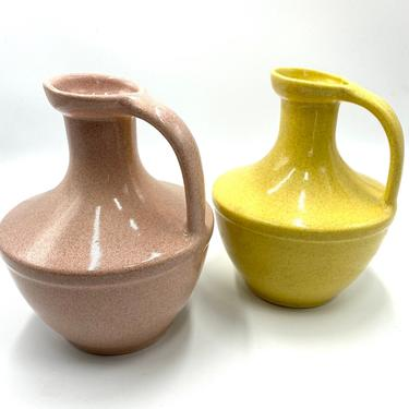 Pflatzgraff Pottery Mid Century Pink or Yellow Speckled Pitcher, Water Jug, Decanter, Water Pitcher, York, PA USA, Vintage Dinnerware by TripodVintage