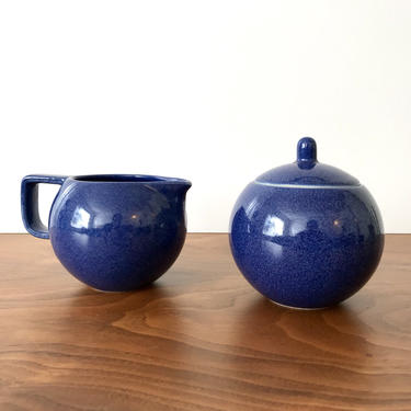 Sasaki Colorstone Sugar and Creamer in Sapphire by Vignelli Designs by TheThriftyScout