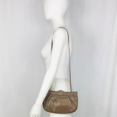 Vintage 1980s Mardone USA Taupe Leather Convertible Clutch by timelesspieces