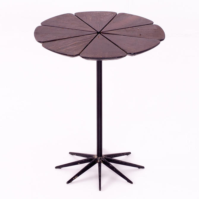 Richard Schultz for Knoll Mid Century Petal Side End Table - mcm by ModernHill