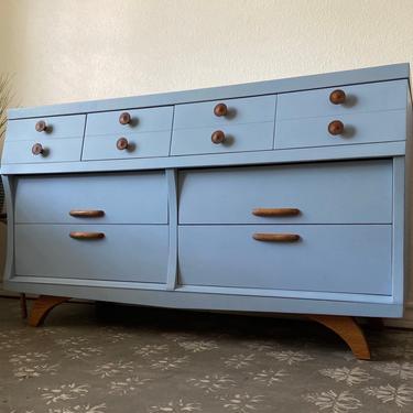 Vintage Mid Century Dresser Credenza *Local Pick Up Only by BluePoppyFurniture