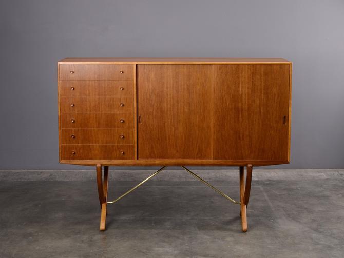 Hans Wegner CH 304 Saber-Leg Sideboard Credenza Mid-Century Danish Modern 1950s by MadsenModern