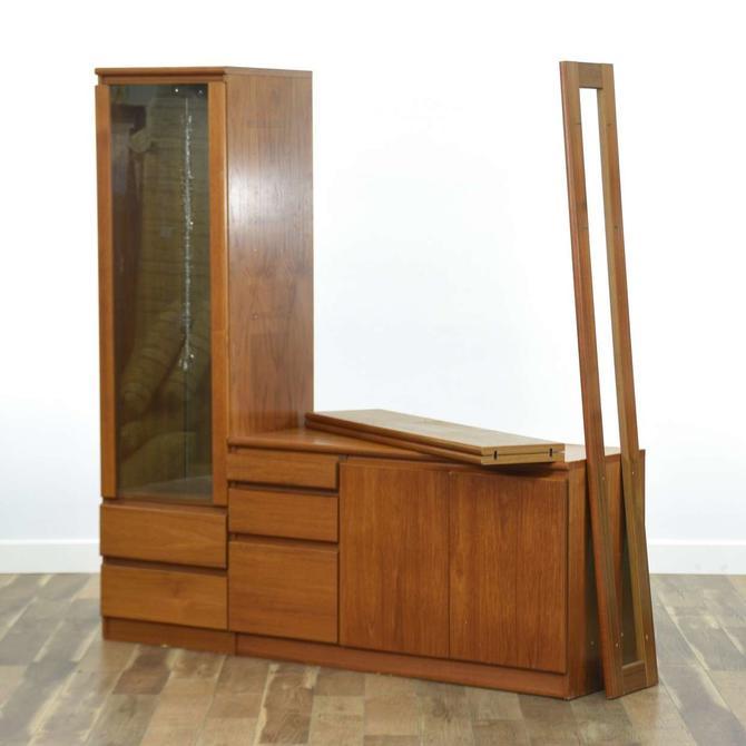 Danish Modern Dresser W Storage Cabinet