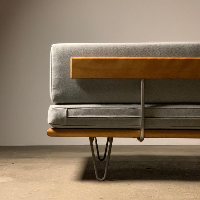 George Nelson Daybed for Herman Miller by midcenTree