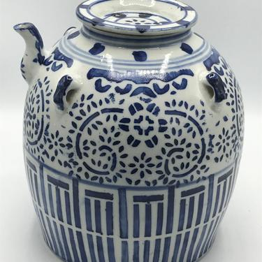 """Vintage 10"""" Chinese Blue White Porcelain Oil Jar Pot - Tea Wine Water Jug- Great Condition by JoAnntiques"""