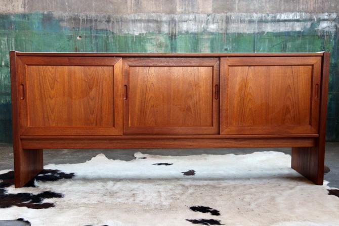 Gorgeous, Minimal, Elegant Danish Teak Mid Century Modern 70s Credenza Console Sideboard Buffet Denmark, dovetailed drawers SOLID Teak MCM by CatchMyDriftVintage