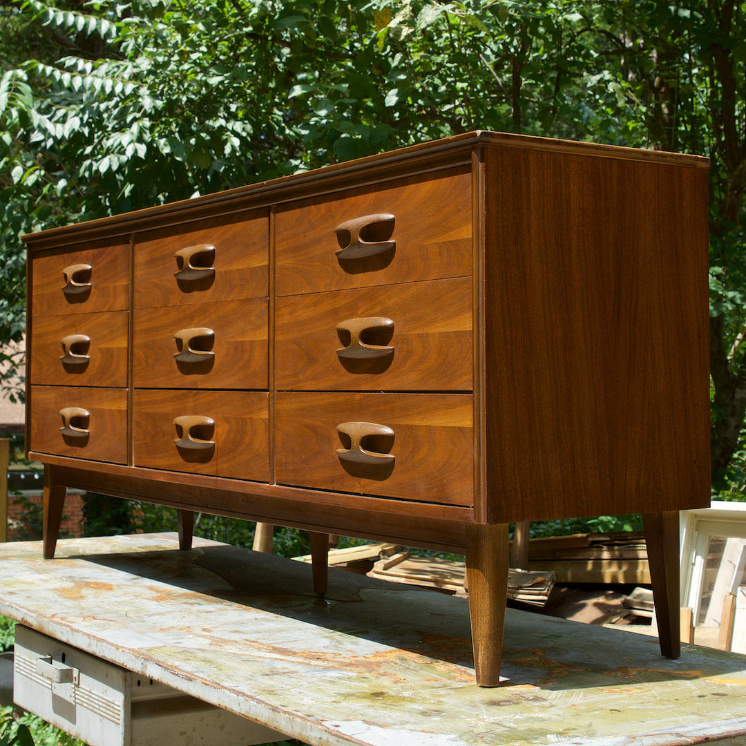 Bassett Furniture Atlanta: Bassett Sculptique Dresser Nine Drawer Bureau Mid-Century