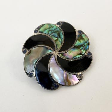 Mother of Pearl Swirl Pin or Pendant