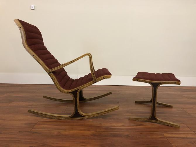 Heron Rocking Chair and Ottoman by Mitsumasa Sugasawa for Tendo Mokko by Vintagefurnitureetc