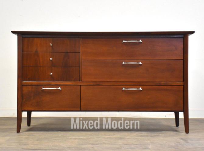 Walnut Mid Century Modern Dresser by Drexel by mixedmodern1