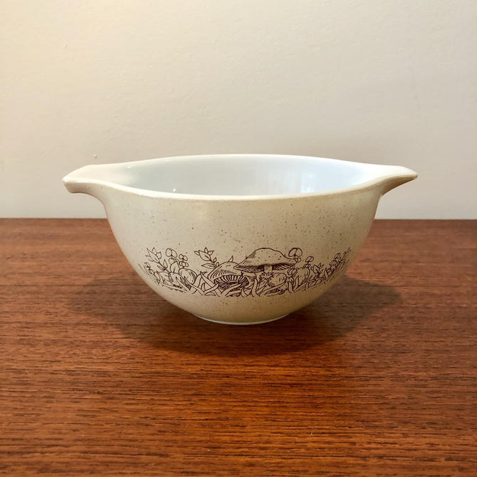 Vintage Pyrex Forest Fancies Mixing Bowl #441 by BentwoodVintage